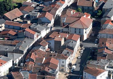 Une photo de la ville de Lezoux, Puy de Dôme