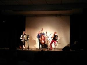 le trio Maulus sur scène